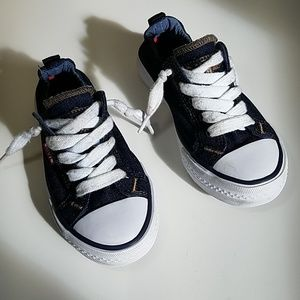 LEVI'S canvas denim sneakers size 13 boy or girl